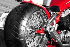 Umbauten aller Art sind unsere Spezialität.Mit dem Hang zum Besonderen zaubern wir aus einem Motorrad ein Wunder der Technik und ein Unikum das seines gleichen sucht :-)Einige Beispiele findet ihr hier.