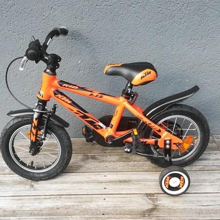 KTM Kinderfahrrad 1.12 Cooles Kinderfahrrad KID 1.12Das Fahrrad ist wie neu.NUR € 150,--
