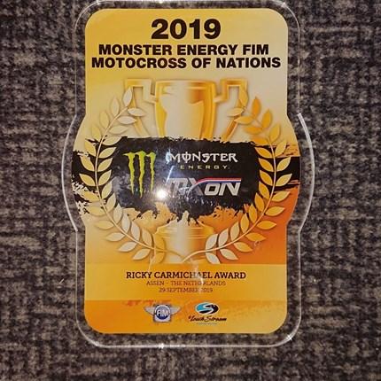 Rene Hofer - MXoN Assen/NED  Rene Hofer zur MXoN in Assen/NED Zum ersten Mal in meiner Karriere wurde ich ausgewählt für das TEAM Österreich beim 73. Motocross of Nations in Assen/NED an den Start zu gehen.Mit Rang 11 in meinem Qualyfing Race konnte i...