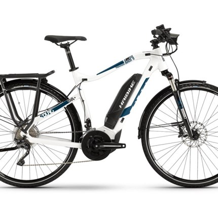 Haibike SDURO Trekking 4.0, HE, Gr. M, weiß/blau/schwarz SDURO Trekking 4.0 , HE Gr.MDamen, 20 Gängeweiß/blau/schwarz Rahmen: Aluminium 6061      ScheibenbremseMotor: Yahaha PW-System, 250W, 25km/hDisplay: Yamaha Multi Switch, 16 FunktionenBatterie: Yamaha Lithiu...