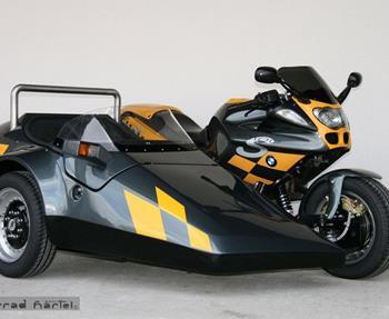 Wir machten Träume wahr - fragen Sie uns!BMW R1100S mit EML Speed 2000Suzuki GSX1300R mit EML GT2001