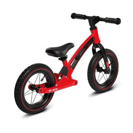 Micro Balance Bike Deluxe rot Farbe: rotAltersgruppe: Kids ab 2 JahreBelastbarkeit: 20kgGewicht: 2-3kgLenkerhöhe: 48-52cmGrößen: 38-44cmSattel ist verstellbar
