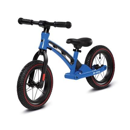 Micro Balance Bike Deluxe blau Farbe: blauAltersgruppe: Kids ab 2 JahreBelastbarkeit: 20kgGewicht: 2-3kgLenkerhöhe: 48-52cmGrößen: 38-44cmSattel ist verstellbar