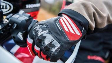 /beitrag-handschuhe-3239