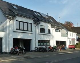 Zweirad-Schneider in Rösrath bei Köln ist Ihr Service-Partner und Meisterbetrieb.Seit 1982 sind wir Motorradwerkstatt für alle Motorräder und erledigen Reparaturen, Inspektionen, usw. an Ihrem Motorrad, ob Kawasaki, Honda,...