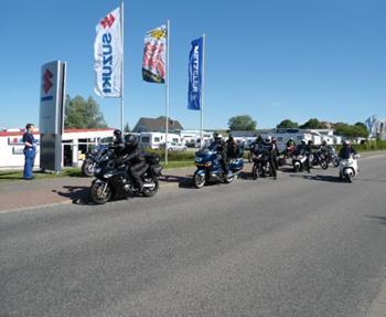 Jetzt durchstarten und Probe fahren !Liebe Biker, die Saison ist gestartet....auch wir sind startklar !12 verschiedene Modelle an Motorrädern stehen zur Probefahrt bereit. So kann die Entscheidung zur Motorradfindung leich...