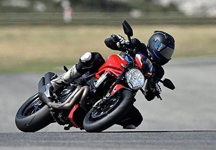 Ducati Monster 1200 R im PS-Fahrbericht