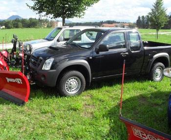 Isuzu D-Max Pick-Up mit V-Pflug