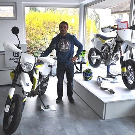 """Fahrzeugübergabe Husqvarna Wir wünschen den neuen """"Husqvarna-Besitzern"""" viel Spaß und stets GUTE FAHRT!!Motobike-Team, Bregenz"""