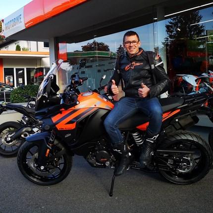 Fahrzeugübergabe KTM Wir wünschen viel Spaß mit der neuen KTM und stets eine GUTE FAHRT!!Motobike-Team, Bregenz