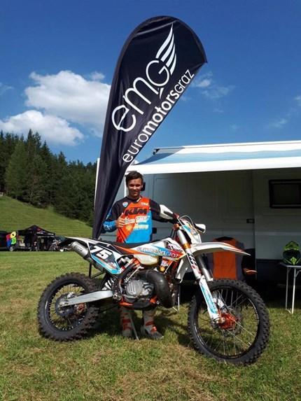 Kilian Zierer - Mountain Enduro Mountain Enduro - 3. Österreichischer Endurocup LaufUnschwer an Foto eins erkennbar, erging es mir bei diesem Rennen sehr gut - Grins! Mein bestes Ergebnis in der ÖEC im heurigen Jahr konnte ich dieses Wochenende einfahren...