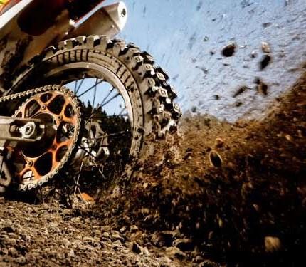 AKTIONEN_HUSQVARNA Bridgestone Motocross