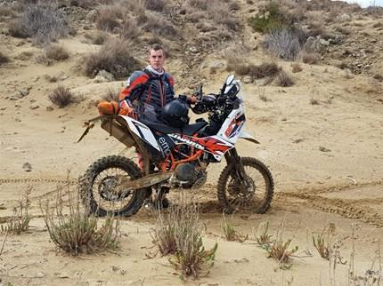 Rallytraining - Aleš Gjerkeš Unser Teampilot Aleš Gjerkeš absolvierte mit seinen Kollegen in den letzten Tagen Trainingseinheiten auf der Insel Rab. Hauptziel des Trainings war es, die Skills beim Roadbookfahren durch stark abwechslungsreiches zu perf...