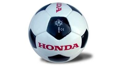 /beitrag-honda-lederfussball-9771