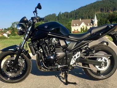 gebrauchte und neue naked bikes motorr der kaufen seite 54. Black Bedroom Furniture Sets. Home Design Ideas