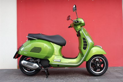 Occasion Vespa GTS 125 ie Super