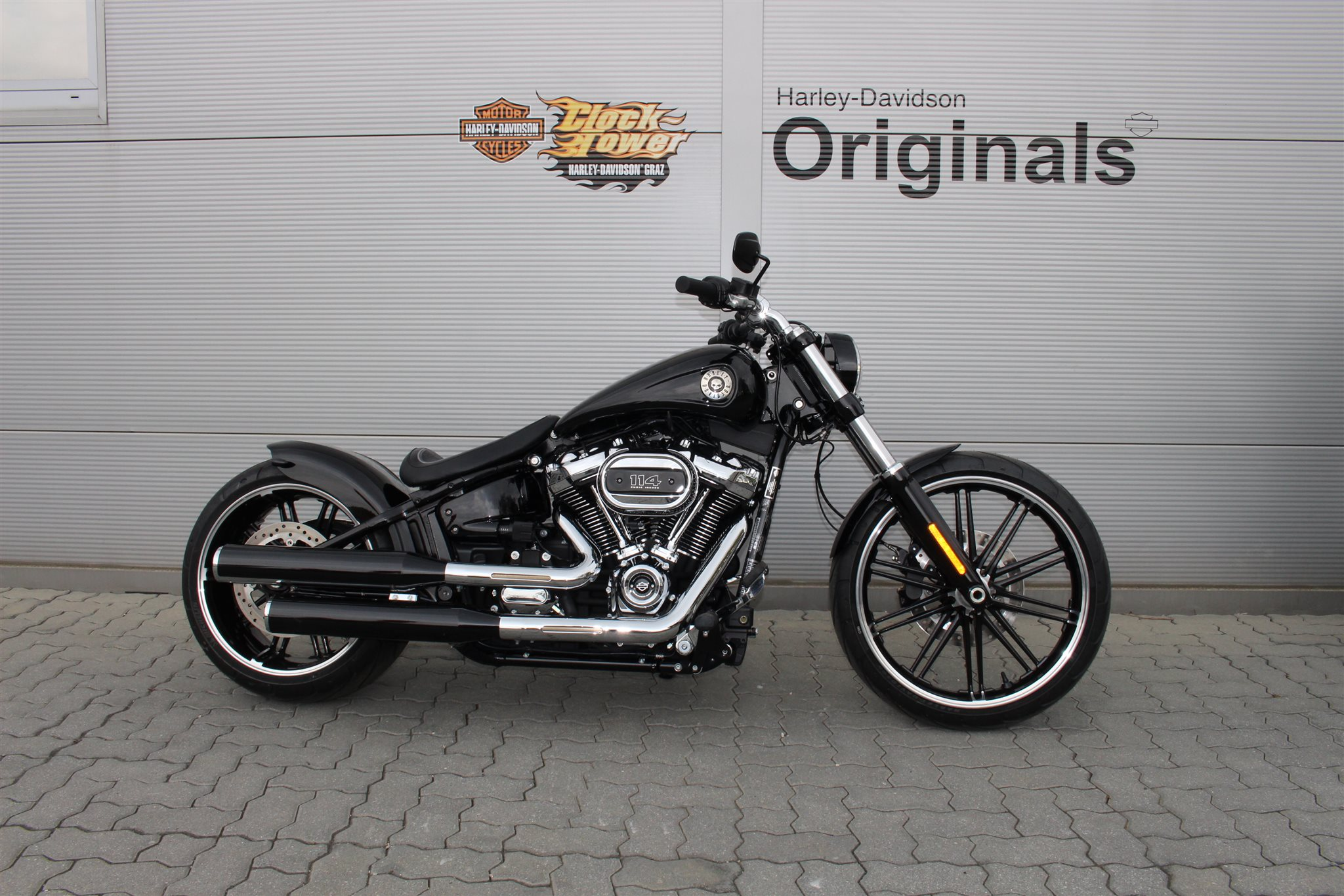 gebrauchte harley davidson softail breakout 114 fxbrs erstzulassung 2018 10 km preis 39. Black Bedroom Furniture Sets. Home Design Ideas