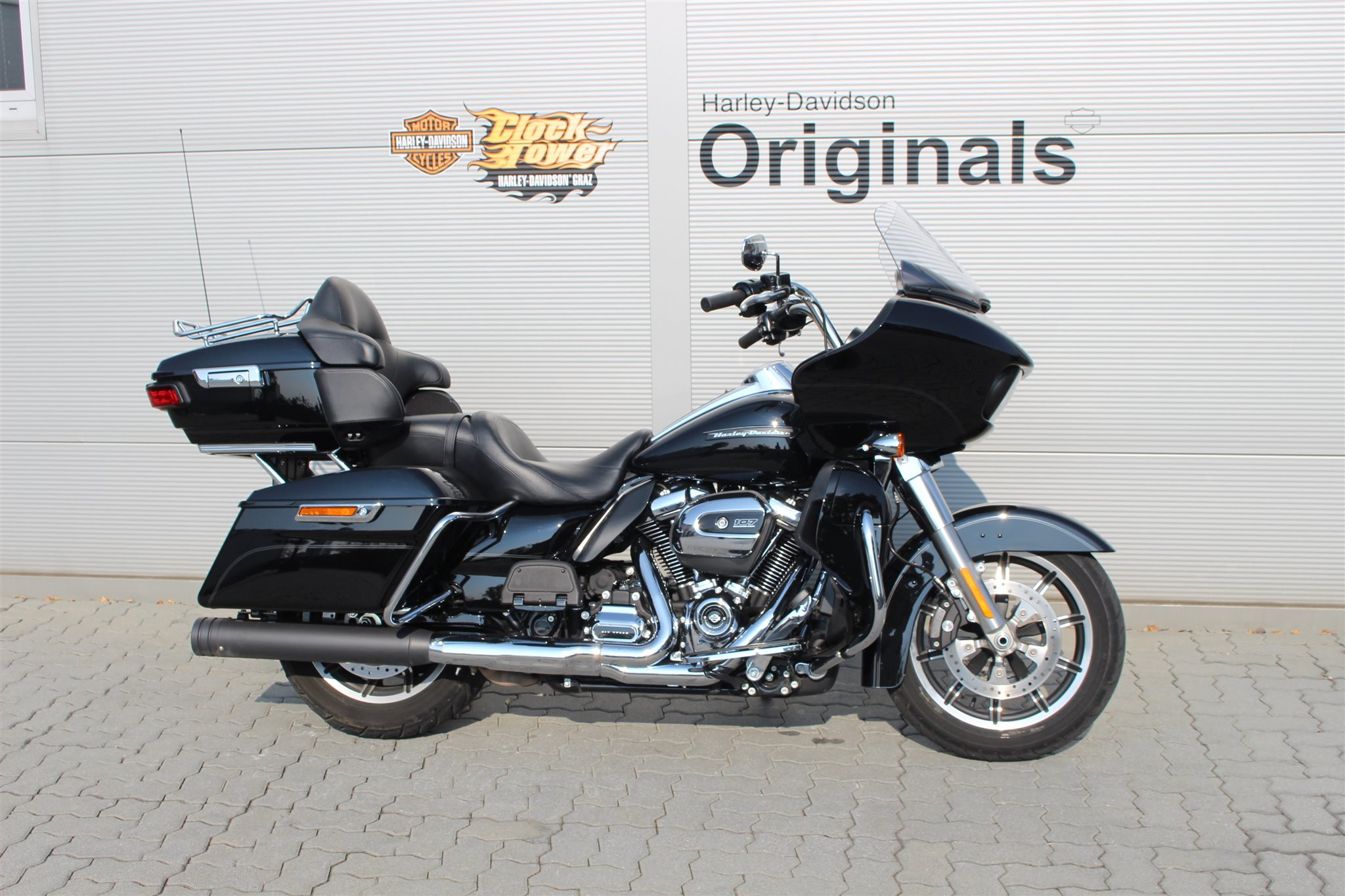 gebrauchte harley davidson road glide ultra. Black Bedroom Furniture Sets. Home Design Ideas