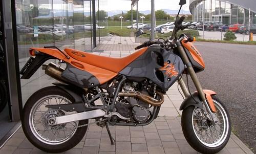 KTM 640 Duke 2