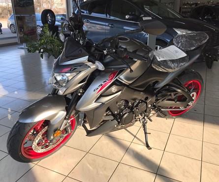 Neumotorrad Suzuki GSX-S1000