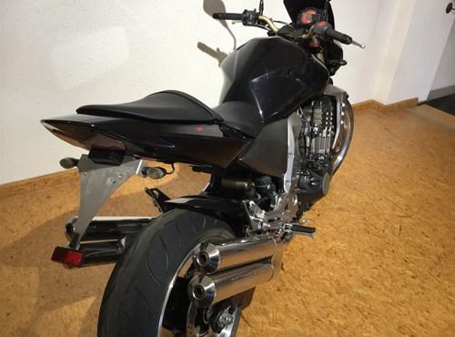 GEBRAUCHTE Kawasaki Z1000