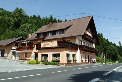 Motorrad Hotel MoHo Hotel-Gasthof Strasswirt
