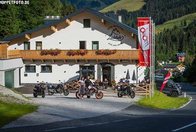 """Motorrad Hotel MoHo Hotel """"Bike & Snow"""" Lederer"""