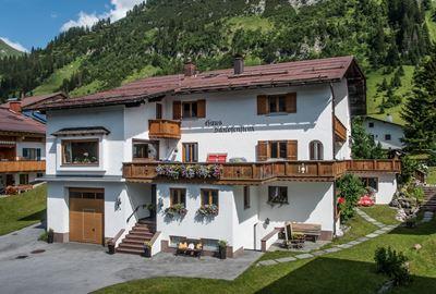 Motorrad Hotel Haus Schrofenstein