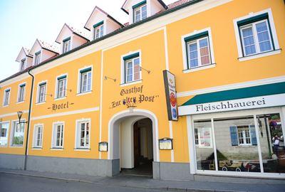 "Motorrad Hotel MoHo Hotel-Gasthof ""Zur Alten Post"""
