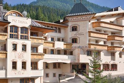 Motorrad Hotel Alpvita Piz Tasna