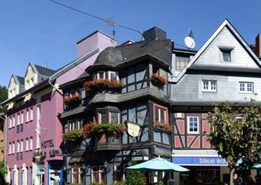 motorrad hotels in rheinland pfalz deutschland. Black Bedroom Furniture Sets. Home Design Ideas
