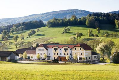 Motorrad Hotel Landhotel GAFRINGWIRT Familie Hochholzer