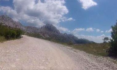 Motorrad Tour Von PAG auf Winnetous Spuren nach SVETI ROK und  retour entlang  Küste Jadranska Magistrala