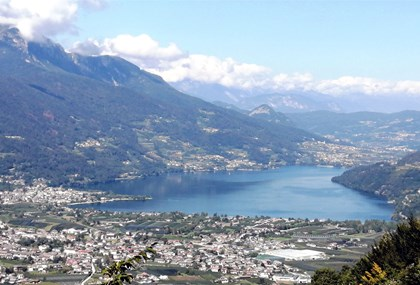 Motorrad Tour Trient_Lago di Tenno-Passo Manghen-Südtiroler Weinstrasse retour