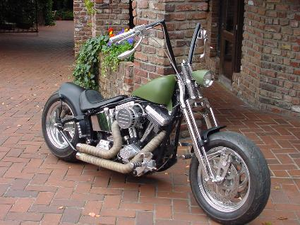 umgebautes motorrad harley davidson softail custom fxstc vom typ chopper cruiser. Black Bedroom Furniture Sets. Home Design Ideas