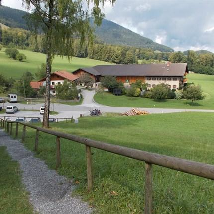 """Chiemgau-Tour Zu gewohnter """"nachtschlafener Zeit an einem Sonntag"""" starteten wir bei noch FRISCHEN Temperaturen wie üblich beim """"Streife"""".Leider waren uns diesma..."""