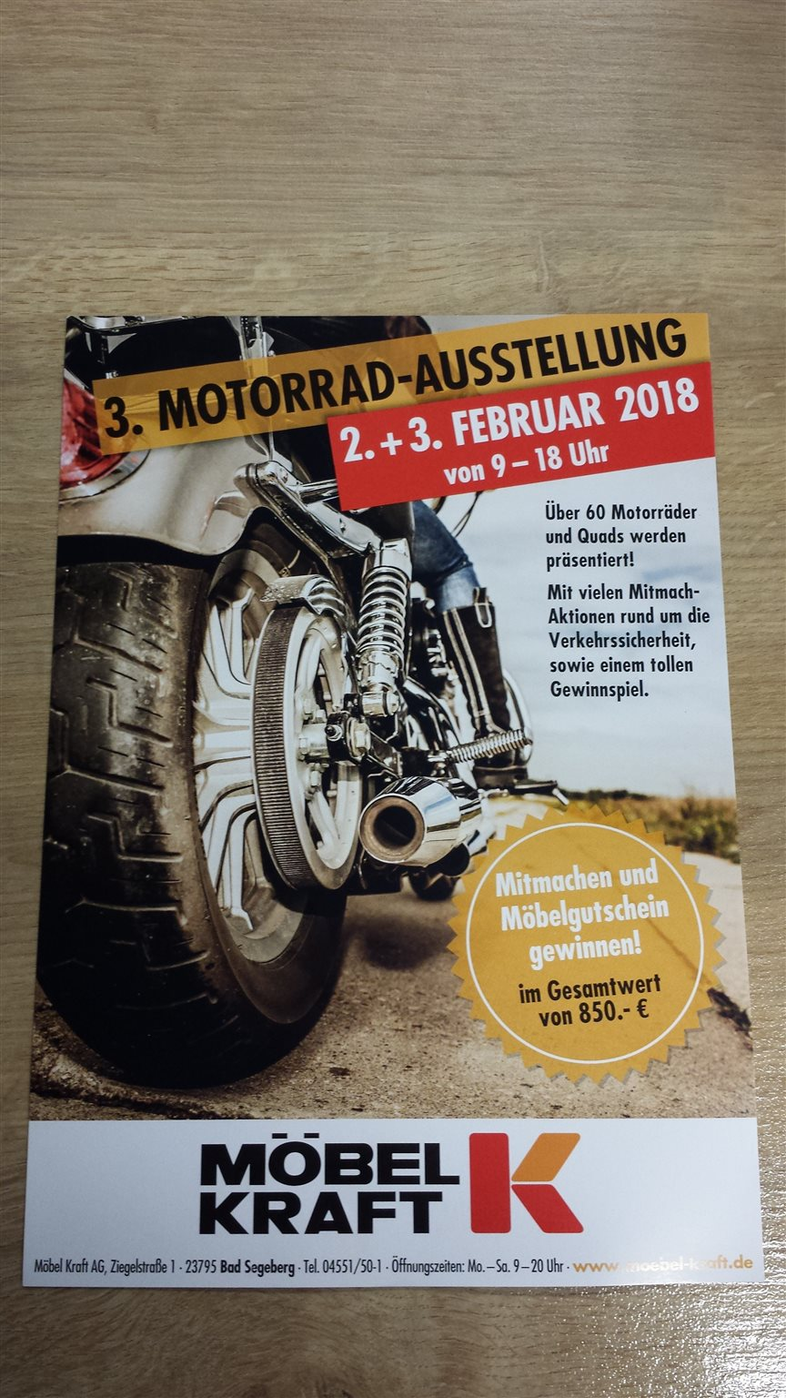 3 motorrad ausstellung m bel kraft. Black Bedroom Furniture Sets. Home Design Ideas