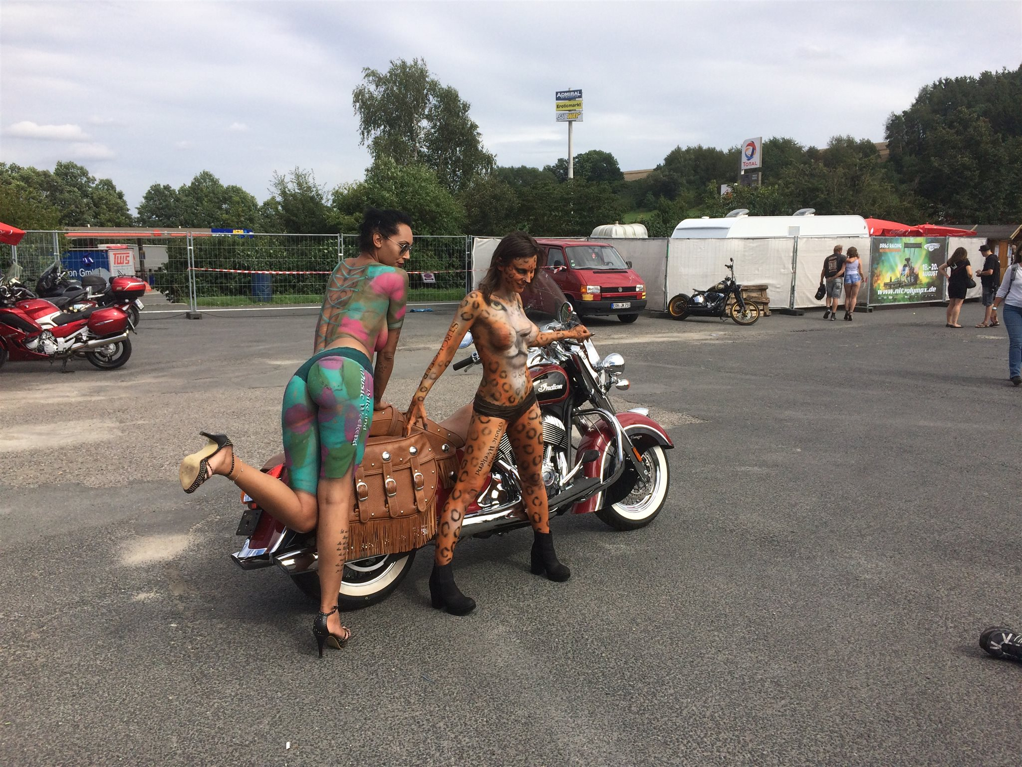 Indian Motorcycles Roadshowtruck meets Bike and Music