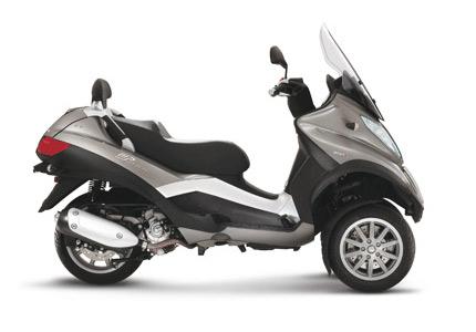 gebrauchte und neue piaggio mp3 touring 400 lt motorr der. Black Bedroom Furniture Sets. Home Design Ideas