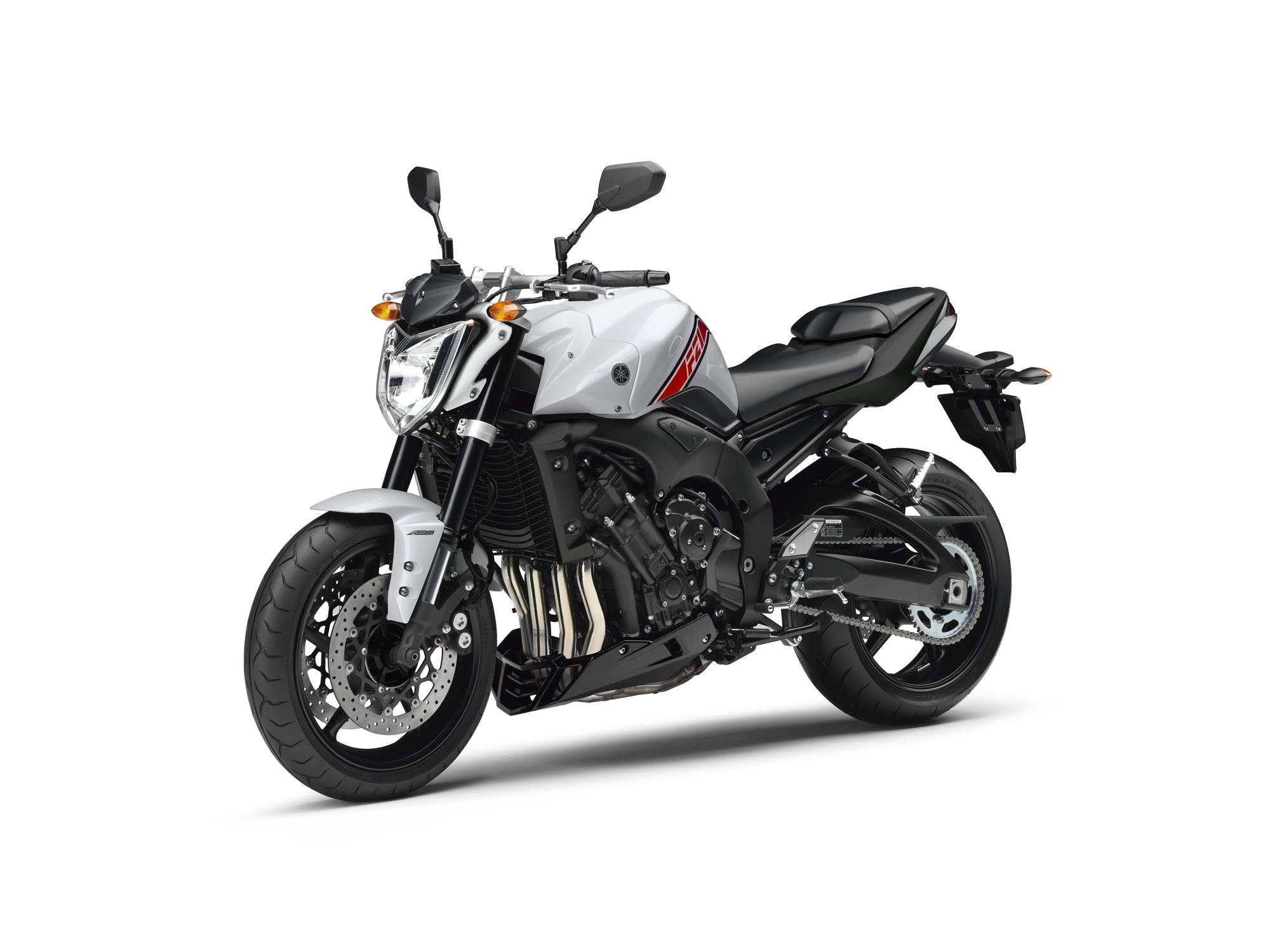 Yamaha Cs M