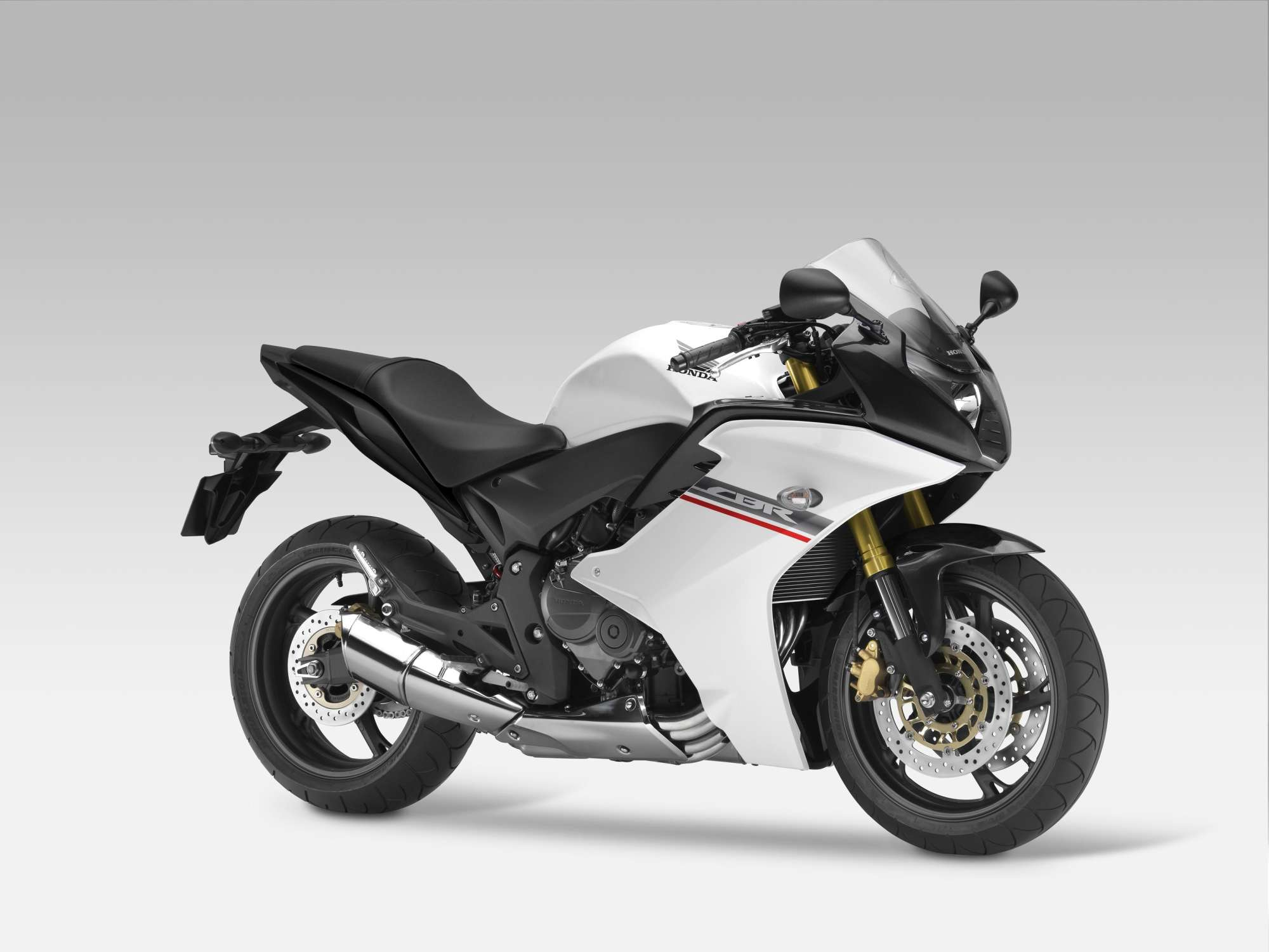 honda cbr 600 f test gebrauchte bilder technische daten. Black Bedroom Furniture Sets. Home Design Ideas