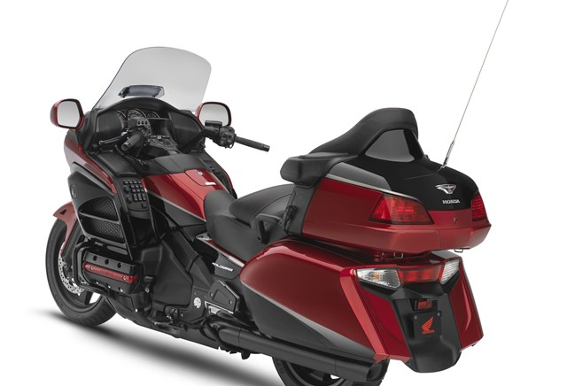 honda gl 1800 goldwing test gebrauchte bilder. Black Bedroom Furniture Sets. Home Design Ideas