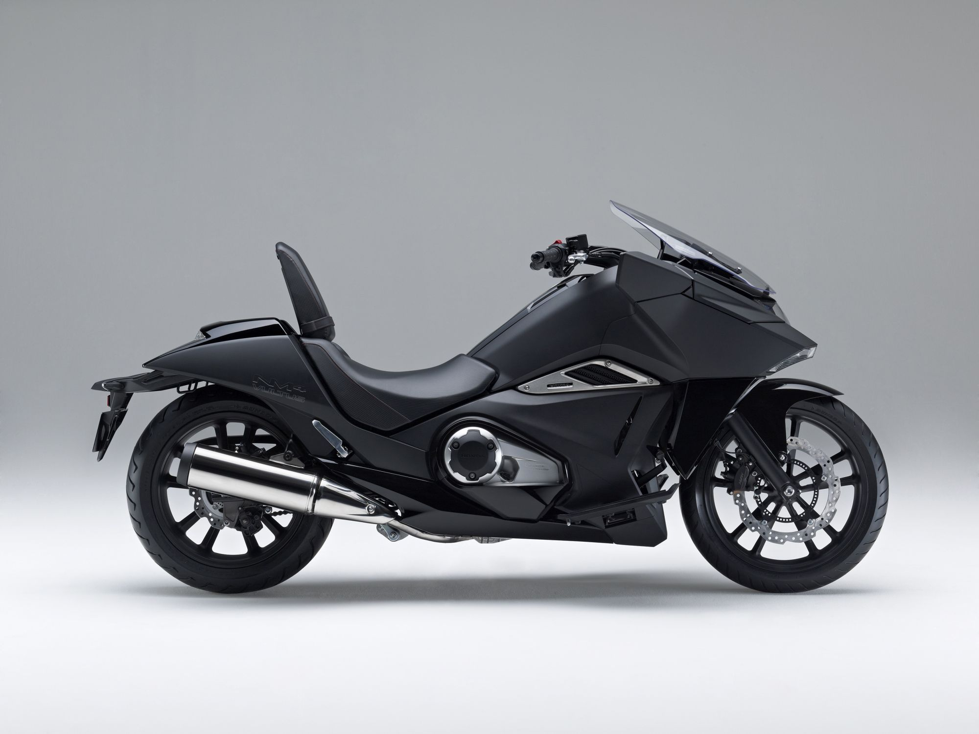 Honda NM4 Vultus 2016
