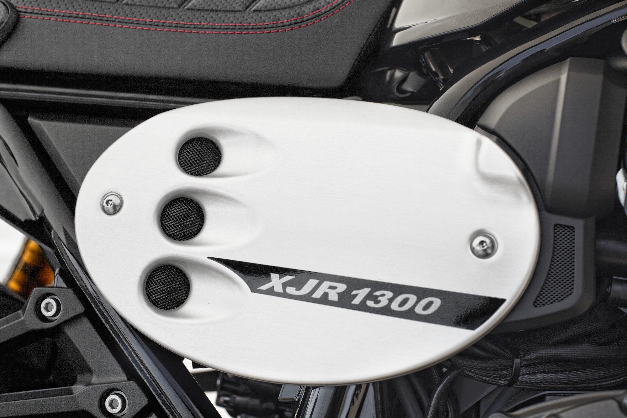 gebrauchte und neue yamaha xjr 1300 racer motorr der kaufen. Black Bedroom Furniture Sets. Home Design Ideas