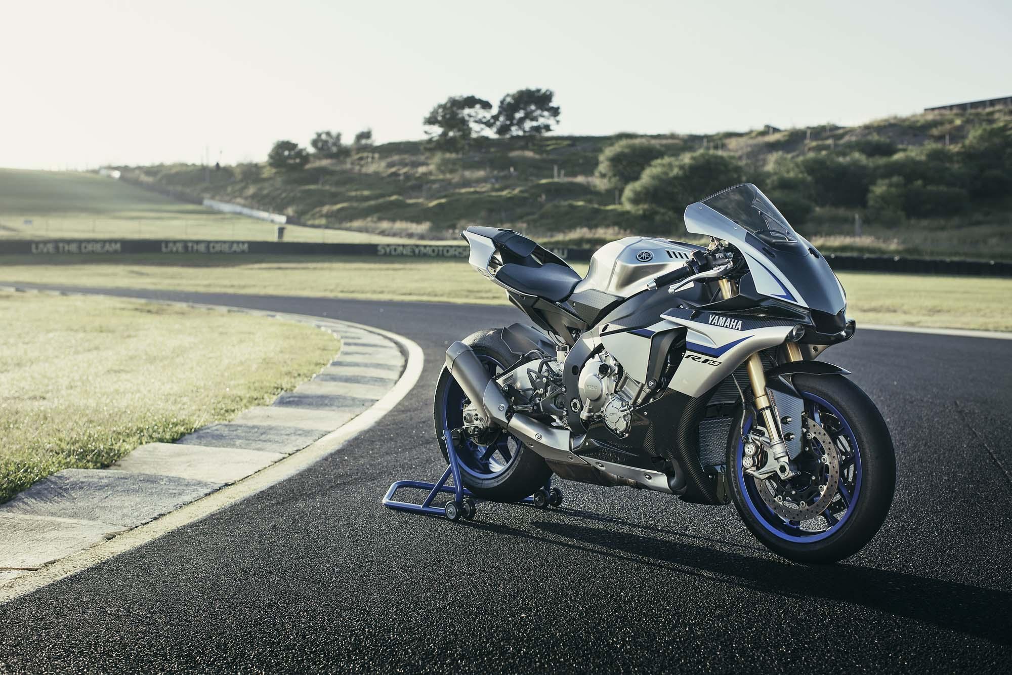 Yamaha Yzf R1m Bilder Und Technische Daten