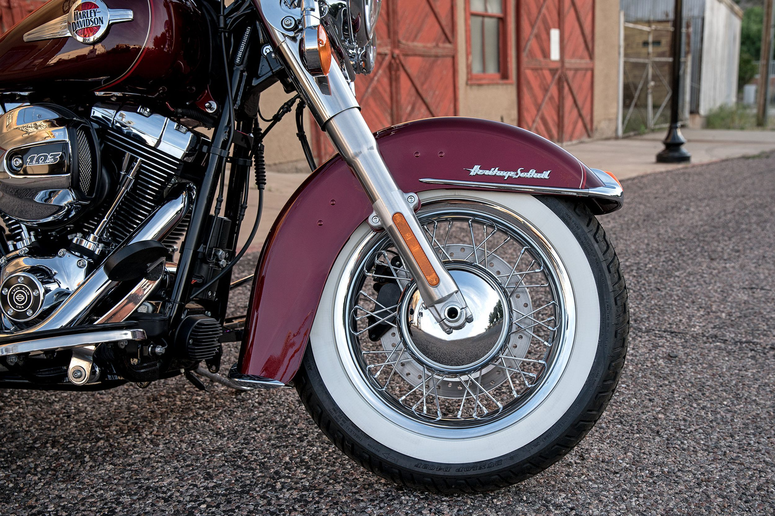 harley davidson softail heritage classic flstc test. Black Bedroom Furniture Sets. Home Design Ideas