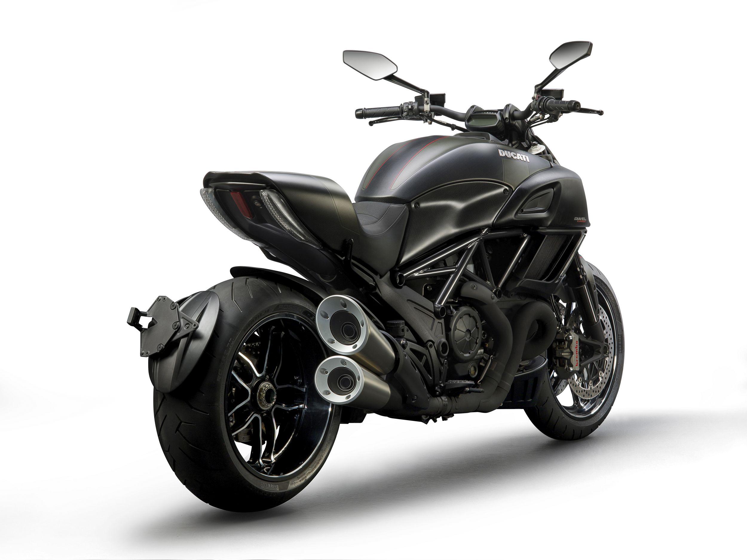 Ducati Multistrarda Dark Edition