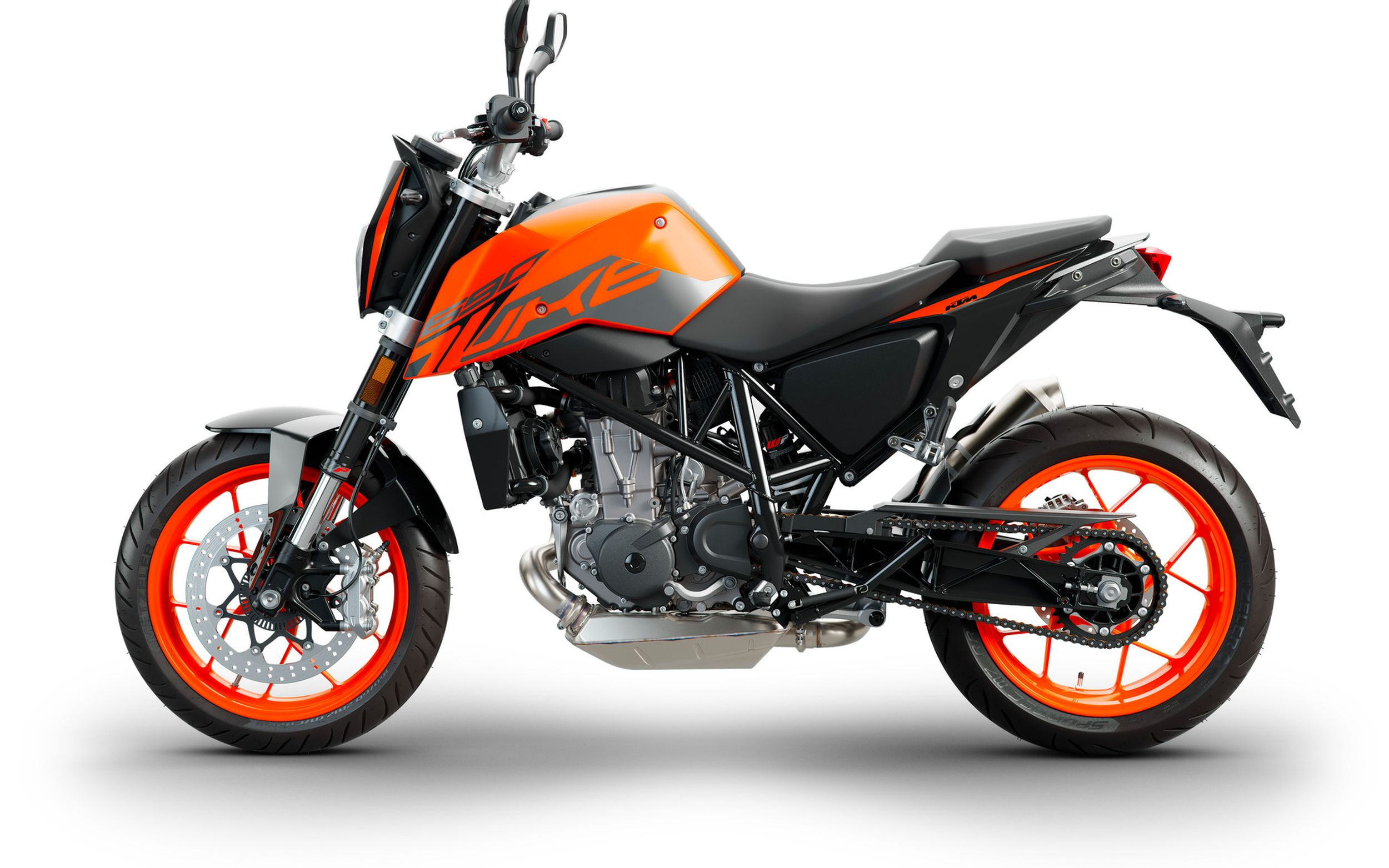 ktm 690 duke test t ff 39 s bilder technische daten. Black Bedroom Furniture Sets. Home Design Ideas