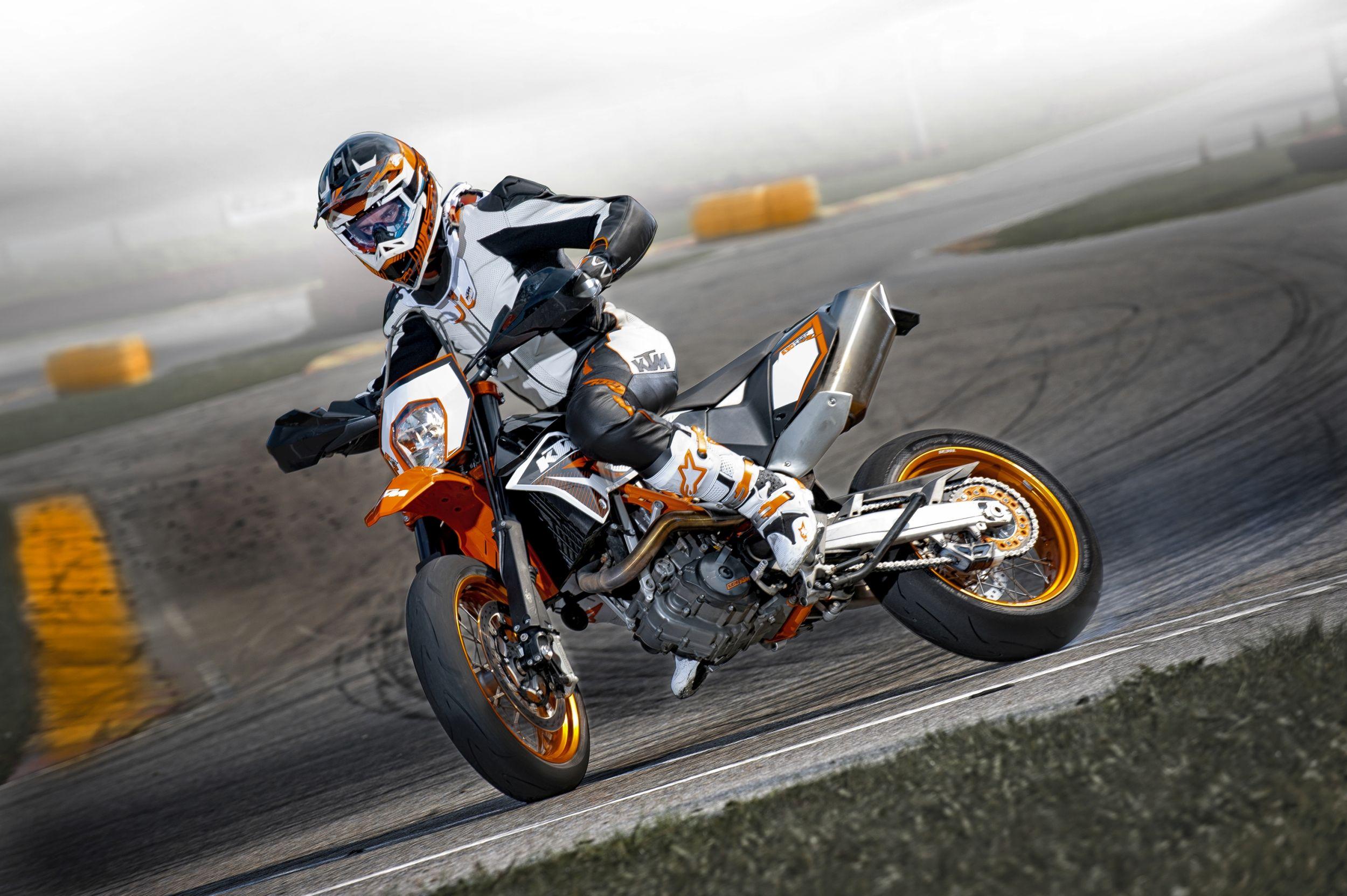 Ktm Smcr 2018 >> Gebrauchte KTM 690 SMC R Motorräder kaufen
