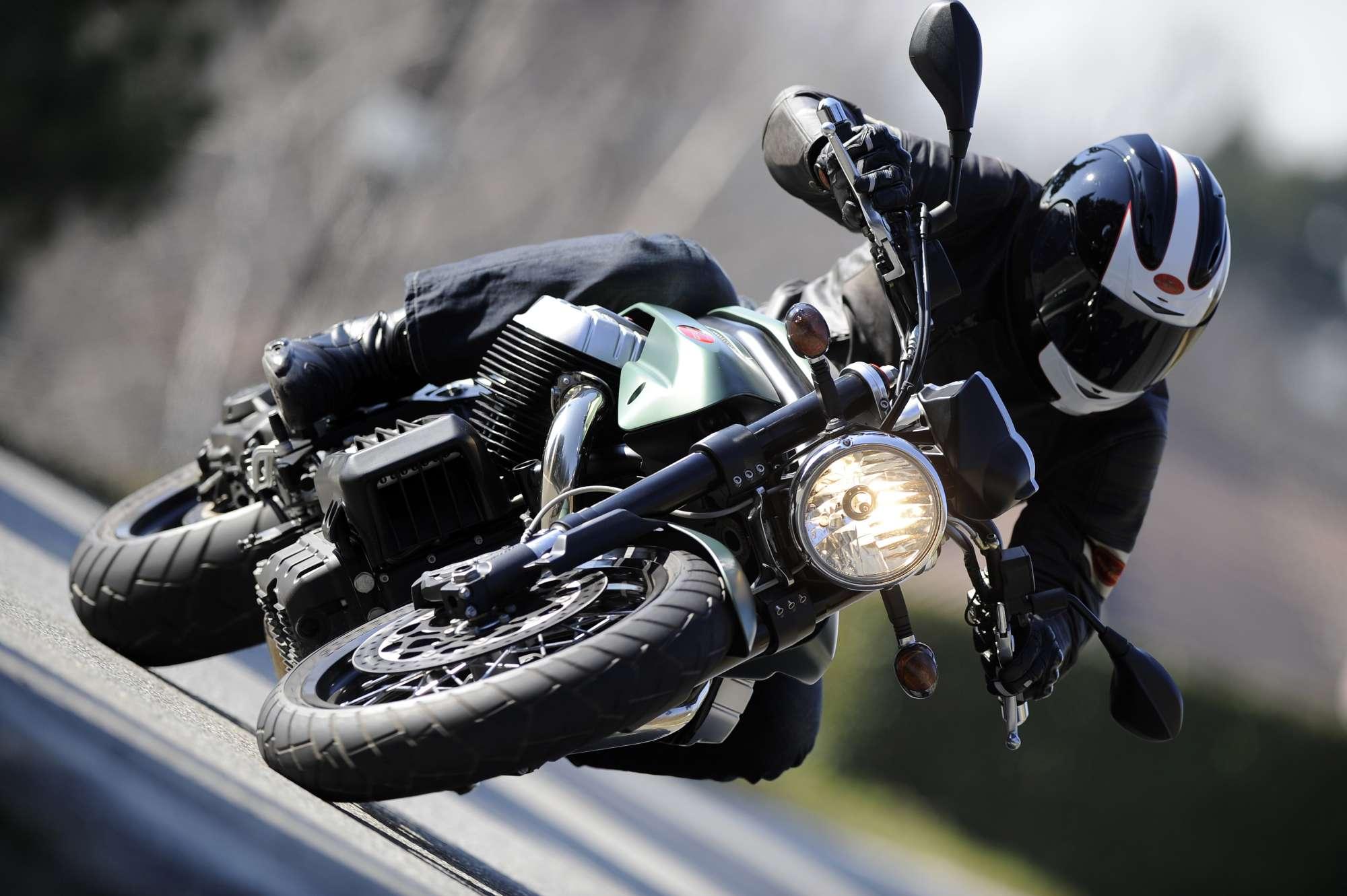 Moto Guzzi California >> Gebrauchte und neue Moto Guzzi Griso 1200 8V Motorräder kaufen